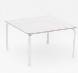 Pipi laud kandiline valgendatud kask 1tk (toolid ei kuulu komplekti!!)